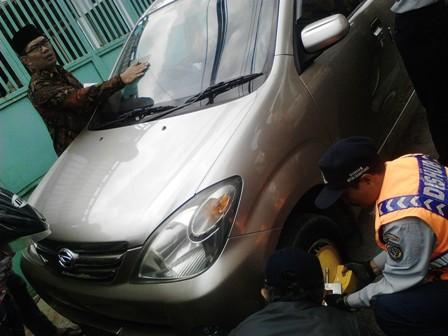 Tertibkan Parkir Liar, Pemkot Bandung Gembok 2500 Mobil, Jumat (22/8)