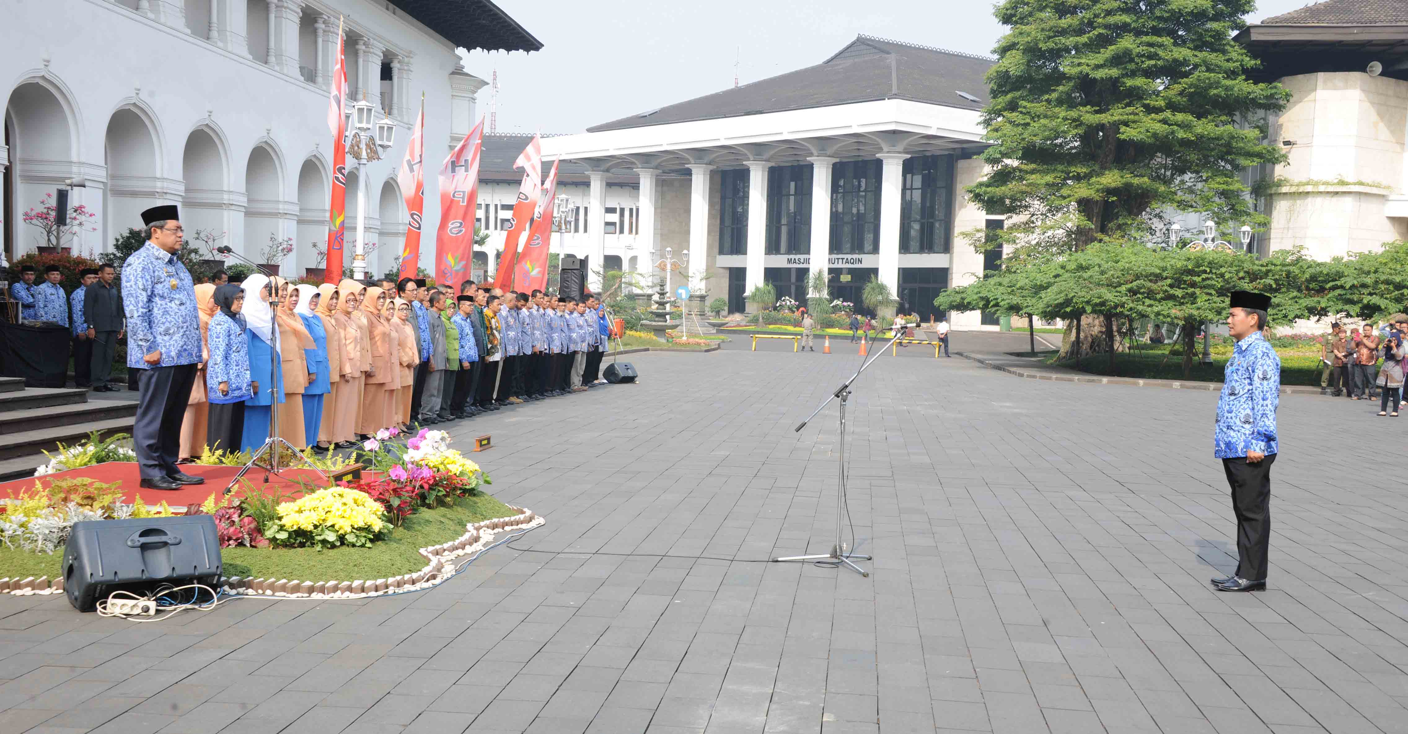 Gubernur jawa Barat memimpin upacara Peringatan Hari Pangan Sedunia (HPS)