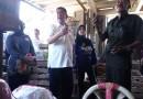 Datang ke Pasar Caringin, Deddy Mizwar Belanja Buah Manggis Satu Peti