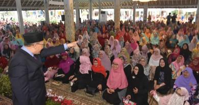 Kajian Muslimah di Pendopo Bandung Membludak